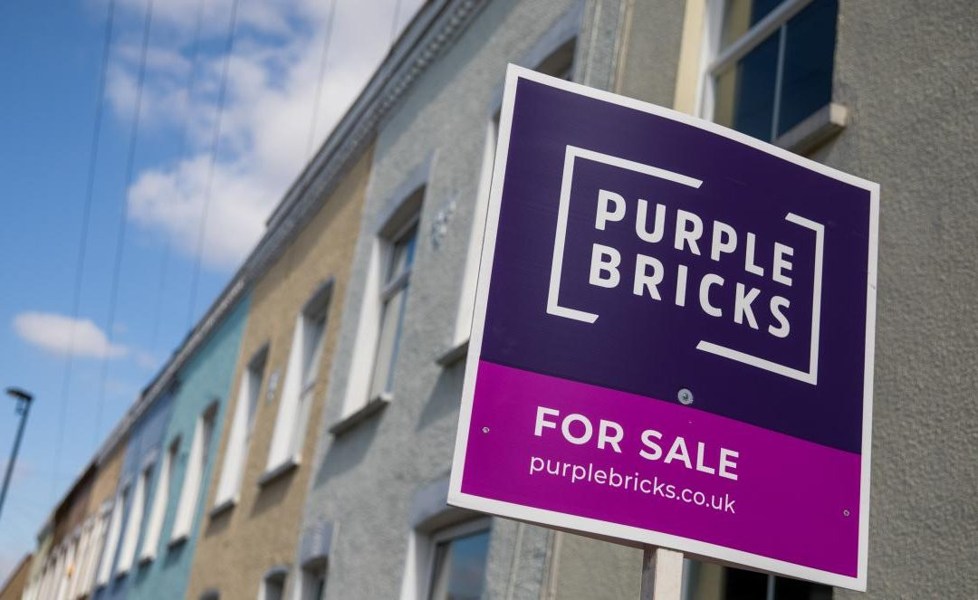 Selling property with fixed-fee agents like Purple Bricks